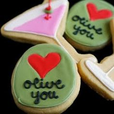The BEST royal icing recipe -- and an entire website of adorable cookies!
