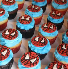 And Everything Sweet: Spiderman Cupcakes