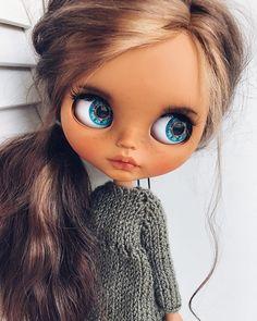 Ooak Dolls, Blythe Dolls, Girl Dolls, Doll Eyes, Doll Face, Pretty Dolls, Beautiful Dolls, Barbie, Chunky Knitwear