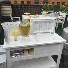 Rustic Wooden Cooler Table Bar Cart Wine Bar with Mini Fridge Console Table Storage Bar Cabinet Outdoor Rolling Cart Reclaimed Wood Outdoor Bar Cart, Outdoor Cooler, Bar Patio, Wooden Cooler, Cool Tables, Side Tables, Outdoor Storage, Table Storage, Cabinet Storage