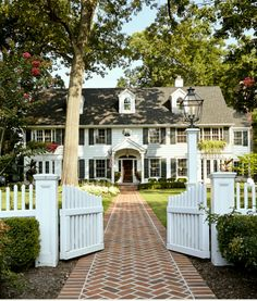 Colonial with Brick Walkway