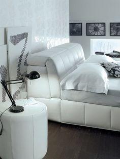 Elegance franciaágy. Modern stílusú ágy, puha tapintású huzattal, a háttámla rendkívül kényelmes egyedülálló párnázottságának köszönhetően. Couch, Elegant, Modern, Furniture, Home Decor, Classy, Settee, Trendy Tree, Decoration Home