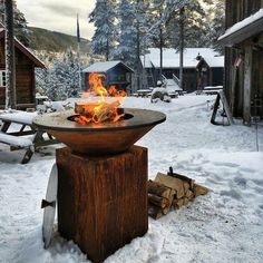 The OFYR Grill is a wood fired grill that has a round steel cooking surface and corten steel frame. The OFYR grill is versatile for outdoor cooking. Fire Grill, Bbq Grill, Winter Bbq, Plancha Grill, Outdoor Events, Outdoor Decor, Into The Fire, Backyard, Patio