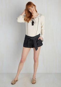 Classy Act Shorts. You love to rock top-tier fashion finds, and these darling, dark denim shorts are nothing less! #blue #modcloth