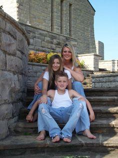 Single Mom and Kids photo shoot idea...