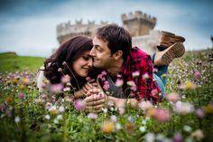 Engagement in castle | Medieval italian castle | Engagement photo inspiration | Due Fotografe | Italian wedding photographer