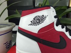 "Authentic Jordan 1 high OG ""Carmine"""