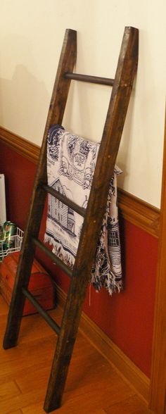 handmade wood quilt or blanket ladder.. angle top to attach to wall