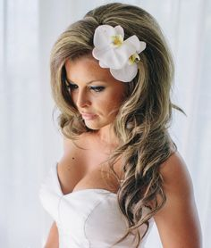 but obviously with my naturally curly hair 15 New Stunning Wedding Hairstyle Inspiration