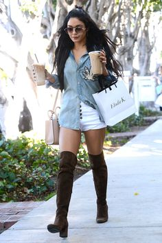 Imagem relacionada Jenner, Vanessa Hudgens, Knee Boots, Street Style, Stars, Fashion, Photos, Moda, Urban Taste