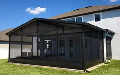 Visit today to view US Aluminum's portfolio of screen enclosures, sunrooms, screened porches, outdoor kitchens, pergolas and more! Patio Screen Enclosure, Screen Enclosures, Pool Enclosures, Florida Lanai, Florida Style, Florida Home, Backyard Hammock, Backyard Retreat, Porch Extension