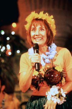 Laurie Metcalf (Betty Trout) ~ Runaway Bride (1999) ~ Movie Stills