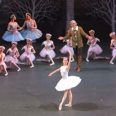 Ballet Gif, Ballet Dance Videos, Ballet Dancers, Flexibility Dance, Taylor Lashae, Svetlana Zakharova, Balerina, Ballet Photography, Ballet Beautiful