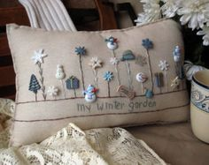 Sewing Pillows My Winter Garden Pillow (Cottage Style) - This winter-themed hand-made muslin needlework pillow is perfect for winter decor and fans of snow and the cold! Embroidery Patterns, Hand Embroidery, Winter Thema, Sewing Crafts, Sewing Projects, Christmas Cushions, Sewing Pillows, Christmas Sewing, Wool Applique