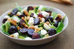 Kuchnia w wersji light: Sałatka z winogronami i mozzarellą