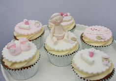 Ohh I do love making girly cakes :) These are some baby shower cupcakes for a friend of mine. Lace Cupcakes, Fondant Cupcakes, Cupcake Cookies, Mini Cupcakes, Cupcake Toppers, Cupcake Ideas, Baby Cupcake, Baby Shower Cupcakes, Shower Cakes