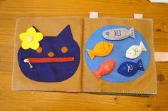 布絵本第二弾作りました(*´▽`*)作ろうと思ってから、構想を練り、型紙を作り、... Blog Entry, Handicraft, Kids Learning, Fabric Books, Felt, Quiet Books, Play, Sewing, Children