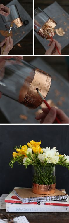 DIY Gold Leaf Vase - that would be perfect for the vases that I . - Do it yourself - DIY Gold Leaf Vase – that would be perfect for the vases I … The Effective Pictures We Offer Yo - Gold Diy, Feuille D'or, Gold Candles, Diy Candles, House Candles, Ideas Candles, Candle Lanterns, Candle Jars, Art Diy