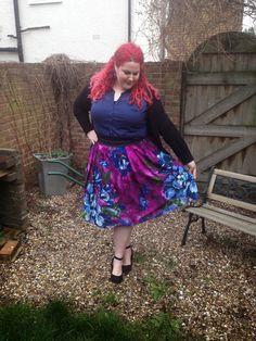 Curves&Curls: Purple prom prettiness - Multi Floral Print Prom Skirt by Scarlett and Jo #psfashion #plussize #fatshion #psblogger #plussizeblogger #scarlettandjo #evans