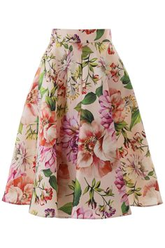 full skirt outfit Dolce & Gabbana silk mikado skirt with multicolor floral print. It features a concealed back zip closure and side pockets. Model height is 177 cm and she is wearing Full Skirt Outfit, Full Midi Skirt, Cute Skirt Outfits, Cute Skirts, Dress Skirt, Perfect Outfit, Dolce & Gabbana, Couture Details, Rock