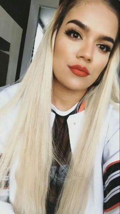 Famous Celebrities, Celebs, G Hair, Becky G, Girl Crushes, My Girl, Beauty Makeup, Beauty Hacks, Singer