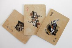 20 Interesting Playing Cards You Can Buy - Hongkiat Alice In Wonderland Play, Adventures In Wonderland, Wonderland Party, Cool Playing Cards, Cool Deck, Poker Online, Holiday Sales, Holiday Tree, Deck Of Cards