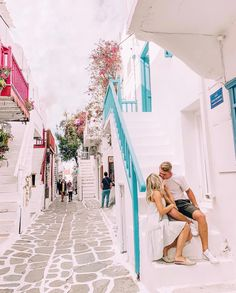Mykonos, Santorini, Oh The Places You'll Go, Places To Travel, Aspyn Ovard, Around The World In 80 Days, Romantic Places, Adventure Awaits, Travel Inspiration