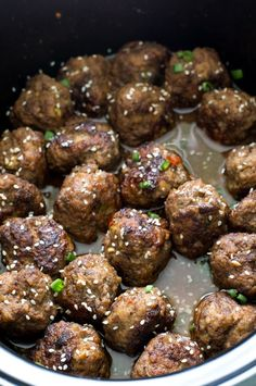 Super Tender Slow Cooker Asian Sesame Meatballs. Serve as an appetizer or add rice to make it a meal! Perfect appetizer for tailgating! Recipe by chefsavvy.com
