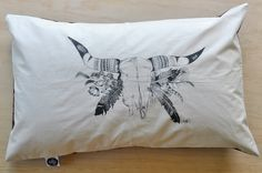 - L I M I T E D E D I T I O N -Sleeping is so good,sleeping on gorgeous soft pillowcases is even better!These lovely soft pillowcases are handmade in a limited run by Millie using a cream tone organic cotton which is hand-screenprinted using soy-based ink with the original bull skull flowers illustration by Millie Fairhall.The backing fabric is a lightweight cotton which features a natural flora print.This listing is for a set of 2 pillowcases.Approx. size | ...
