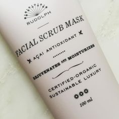 Boost your skin 💫 Acai Facial Scrub Mask contains exfoliating micro granules, which gently and effectively remove dead skin cells and impurities. A rich blend of selected organic oils and shea butter protects the skin during exfoliation while replenishing it with moisture and nourishment. The result? Clean, soft and hydrated skin with a radiant glow #helloglow #facialscrubmask #rudolphcare #godweekend