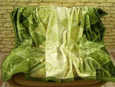 Vzorovaná dekorativní deka světle zelené barvy s tmavě zeleným odstínem Outdoor Blanket