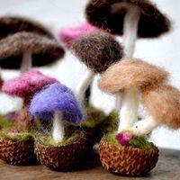 Sweet little needle felted mushrooms - tutorial on how to