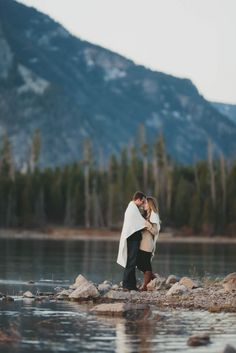 Lake Dillion Colorado Engagement Shoot | The Carrs Photography