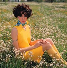 "Fashion of the ""Flower Power - romantic and sweet"", Cathy Dahmen F. Gundlach Tenerife 1968 in: Brigitte Dieter Thomas Kuhn, Vintage Girls, Vintage Outfits, Vintage Woman, Vintage Hair, Vintage Clothing, Vintage Dresses, 1960s Fashion, Vintage Fashion"