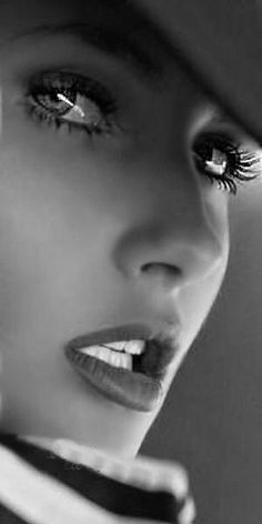 Beauty Black&White : Eyes And Mouth Are Beautiful.