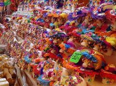 Feria del Alfeñique en Toluca edo. de mèxico (Alfeñique:pasta de azúcar utilizada para elaborar dulces tradicionales)