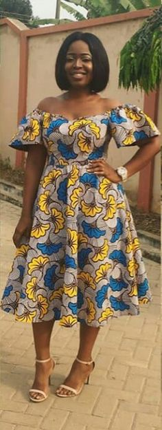 african attire for women african clothing for women Latest African Fashion Dresses, African Dresses For Women, African Attire, African Women, African Print Dress Designs, African Print Dresses, African Print Fashion, Ankara Short Gown Styles, Kente Styles