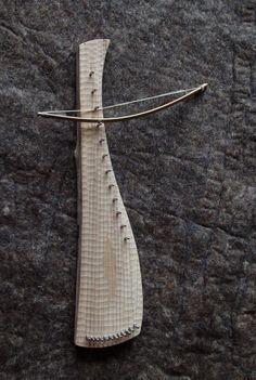 Diatonic bowed psaltery