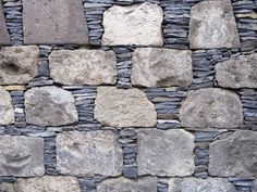 rock and slate wall  This is so gorgeous and unusual!  Bet it would cost a pretty penny~