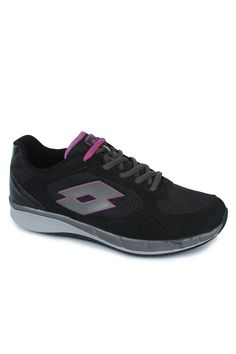 Get home the new Stella II W running shoe for women by lotto, an amazing shoe that will make you keep going . A lightweight shoe that provides a great run available in attractive colours like black/titan. Provides both comfort and an amazing grip over a ground surface. The great looks make this shoe a great casual wear choice as well.