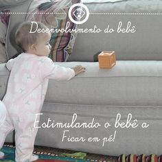Desenvolvimento do bebê 6: ficando em pé. Veja lá no #tempojunto a série completa de Desenvolvimento do bebê www.tempojunto.com