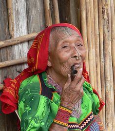 Kuna Indian woman from San Blas Islands off the coast of Panama