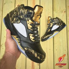 Astrotorf Customs Gives The Air Jordan 5 Olympic Some Golden Wings - mens summer shoes, latest shoes for mens, latest mens dress shoes Nike Free Shoes, Nike Shoes, Tn Nike, Baskets, Latest Shoe Trends, Fall Shoes, Spring Shoes, Winter Shoes, Jordan 5