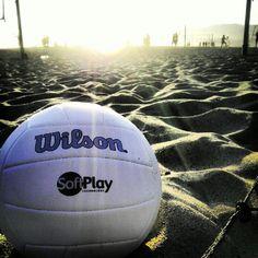 Wilson Ball Palla Wilson Pelota Wilson #Beach #Volley ball at sunset