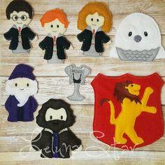 Finger Puppets - Crafts For Boys Harry Potter Puppets, Harry Potter Felt, Harry Potter Halloween, Harry Potter Birthday, Puppet Crafts, Felt Crafts, Diy Crafts, Crafts For Boys, Arts And Crafts