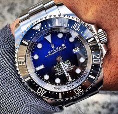 Rolex Oyster Perpetual Date Deepsea Sea Dweller 44 mm in steel, with a D-Blue dial and Oyster bracelet. Amazing Watches, Beautiful Watches, Cool Watches, Rolex Watches, Stylish Watches, Luxury Watches For Men, Vintage Rolex, Vintage Watches, Rolex Day Date
