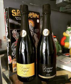Ya tenemos con nosotros algunas muestras de nuestras botellas de cava Dominio de los Duques que diseñamos para la bodega Pago de Tharsys. No podemos estar más contentos!