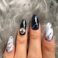 black and white marble nail art design