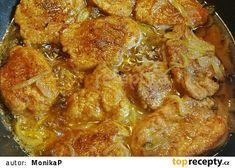 Medailonky z panenky na cibuli a špeku Curry, Pork, Meat, Chicken, Ethnic Recipes, Kale Stir Fry, Beef, Curries, Pork Chops