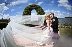 Use your accessories to dramatize a traditional photo #Disney #wedding #veil